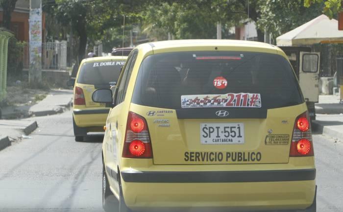 Los choferes de Uber pagan más que los Taxistas (Mex DF)